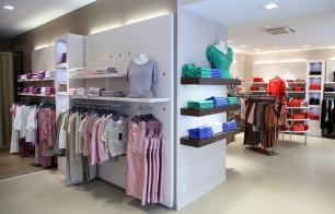 agencement magasin prêt à porter pour femme