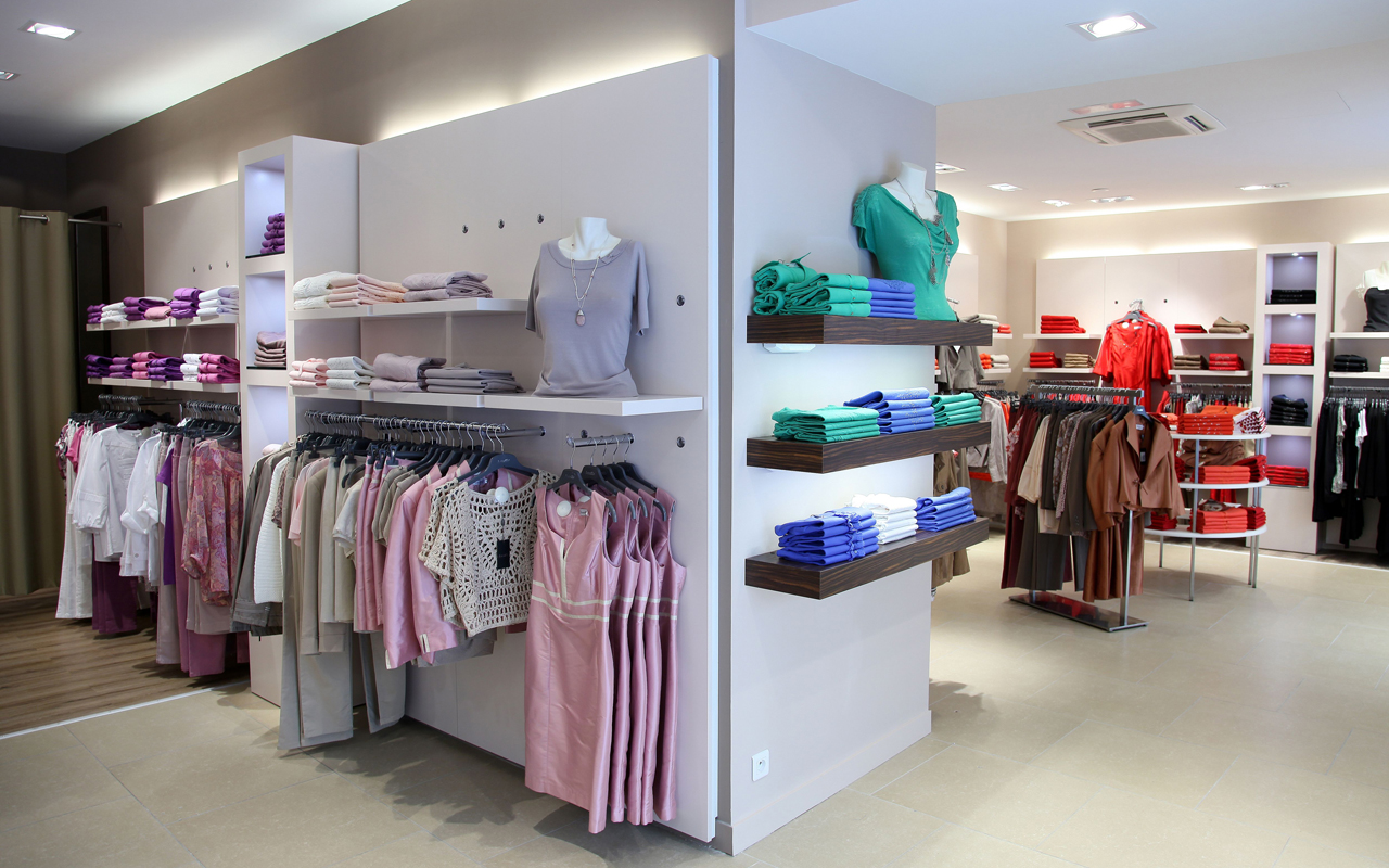 Design And Furnishing For A Women Ready To Wear Store Rennes Store 35