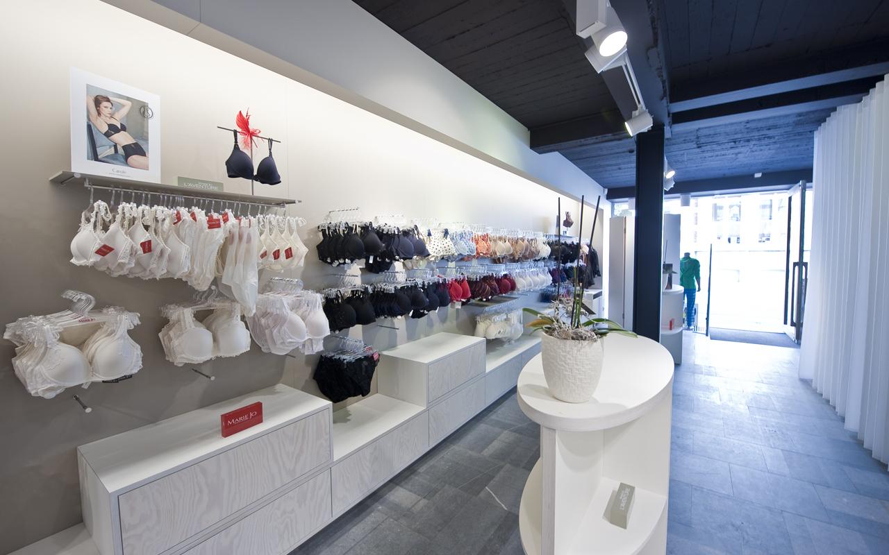 Agencement Magasin De Lingerie Boutique Turnhout Belgique