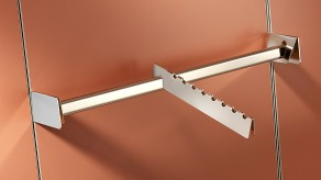 Support rail and sloped notched arm
